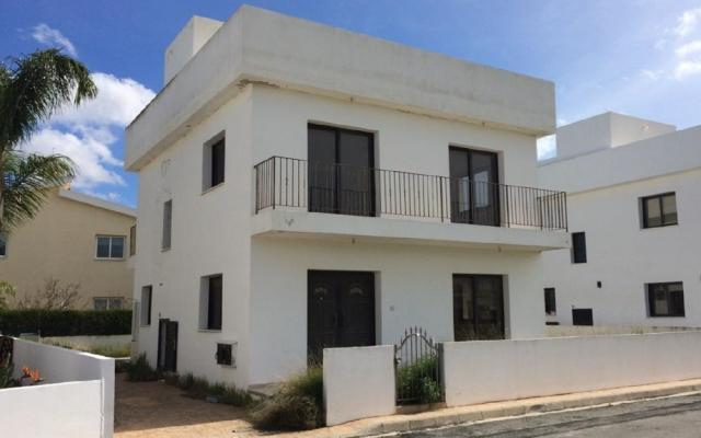 3 Bedroom detached house for sale in Ayia Napa