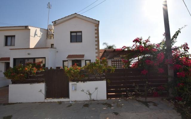 2 Bedroom House for sale in Xylofaou village