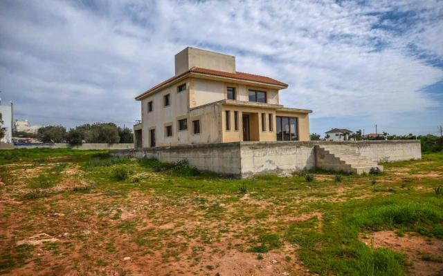 Villa for sale in Kokkinos Gremmos - Paralimni