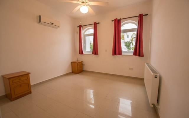 Bedroom in 4 bed house for sale in Ayia Thekla