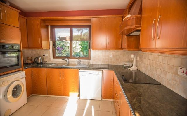 Kitchen in Kapparis property for sale