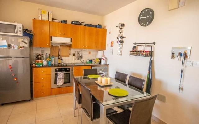 Kitchen in 2 bed apt for sale