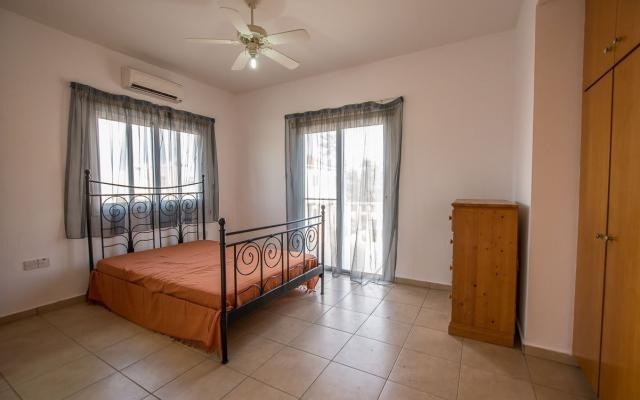 Spacious Bedroom in Villa for sale