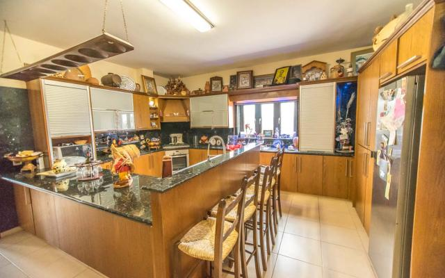 Kitchen in Sotira property for sale