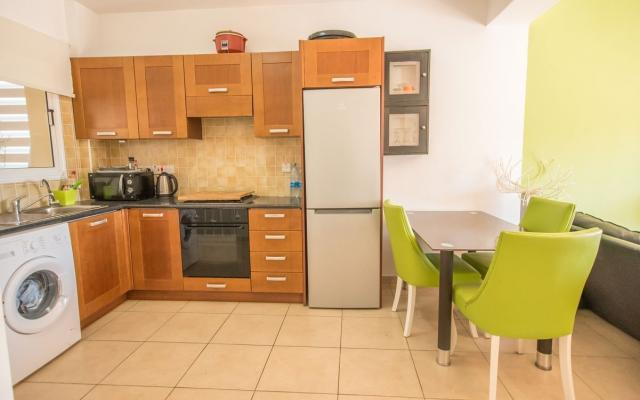 Kitchen in Paralimni townhouse for sale