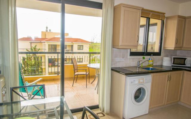 Kitchen in Tersefanou property for sale