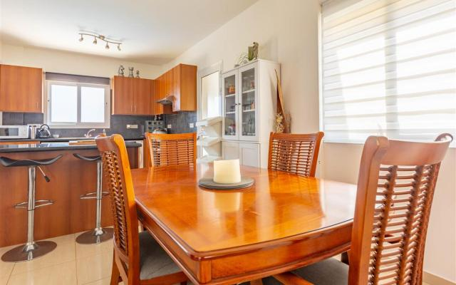 Dining Area in 3 bedroom villa for sale