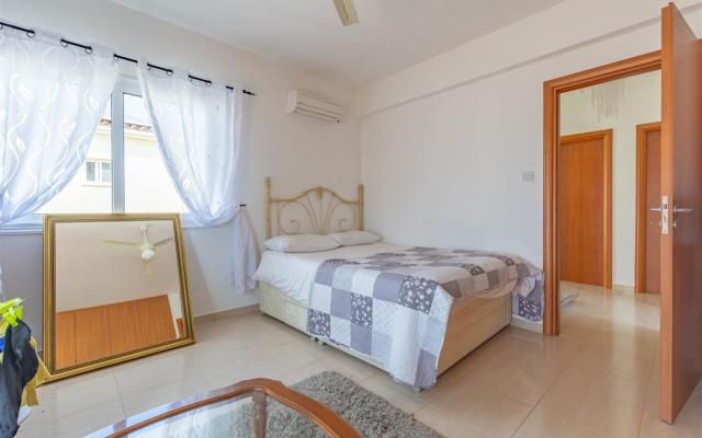 Bedroom in Sotira property for sale