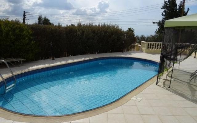 Swimming Pool in Paphos Property