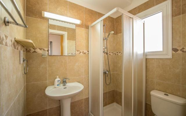 en-suite in Xylofagou Property to buy