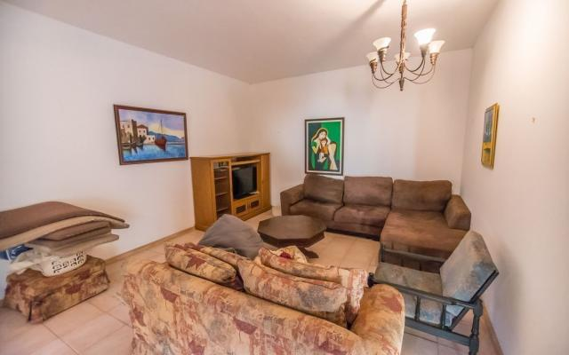 Living area in House for sale in Achna