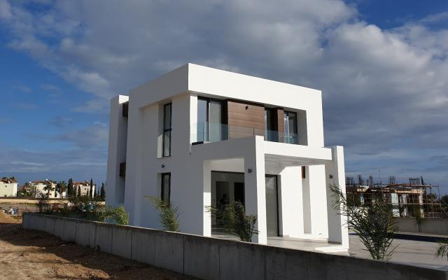 Villa in Ayia Thekla for sale