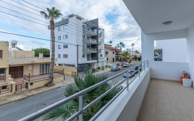 Balcony with city views in Larnaca apartment