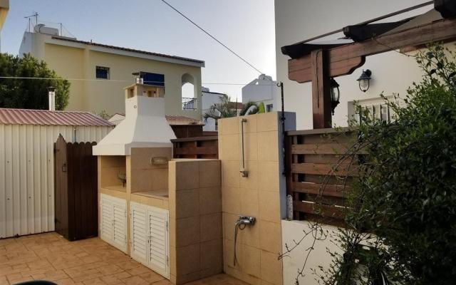 BBQ Area in 2 bed villa for sale