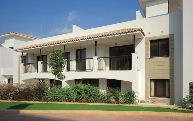 Nice complex of apartments in Tersefanou for sale