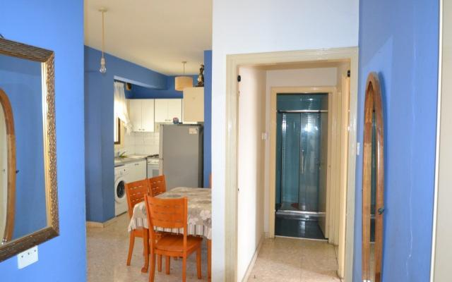 2 BED REFURBISHED APT