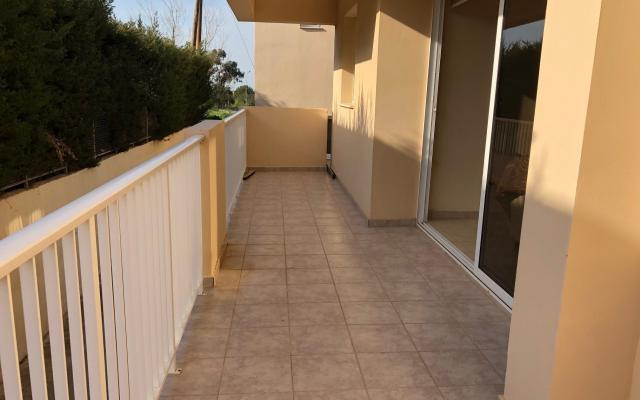 Large Balcony in 2 bed apartment for sale in Derynia