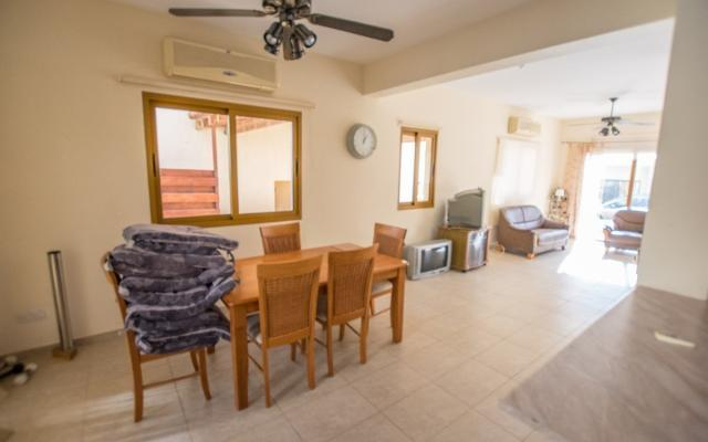 dining-area in 4 bed house for sale