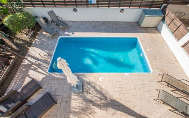 Private swimming pool in 3 bedroom villa for sale in Kapparis