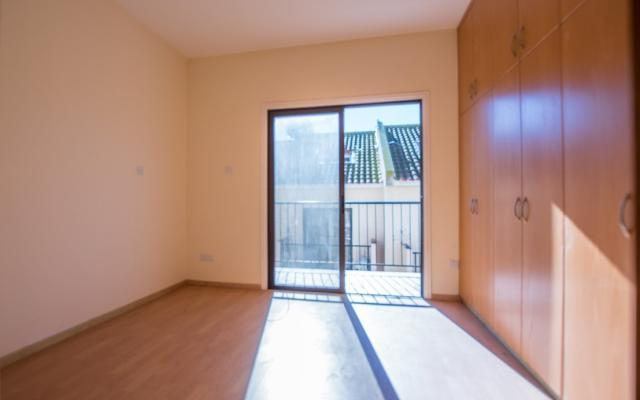 Bedroom in townhouse for sale