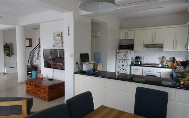 Kitchen in villa for sale in Peyia
