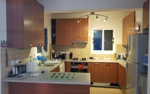 Kitchen in 2 bed villa for sale