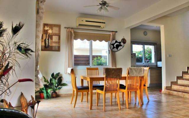 Dining area in the villa for sale in Ayia Triada