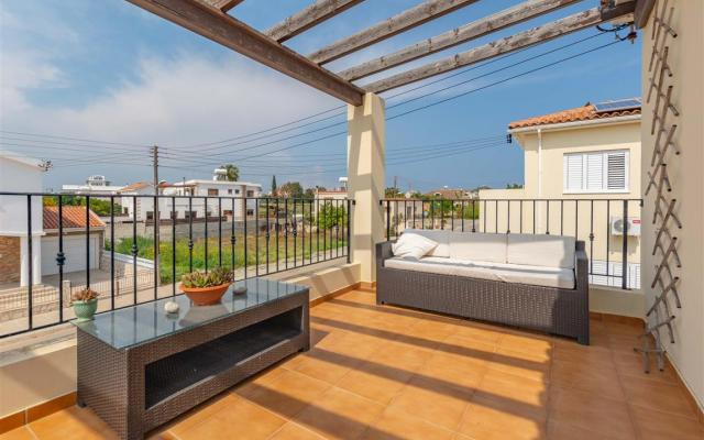 Balcony in 3 bed house for sale in Sotira
