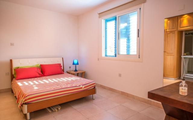 Bedroom in apartment for sale in Cyprus