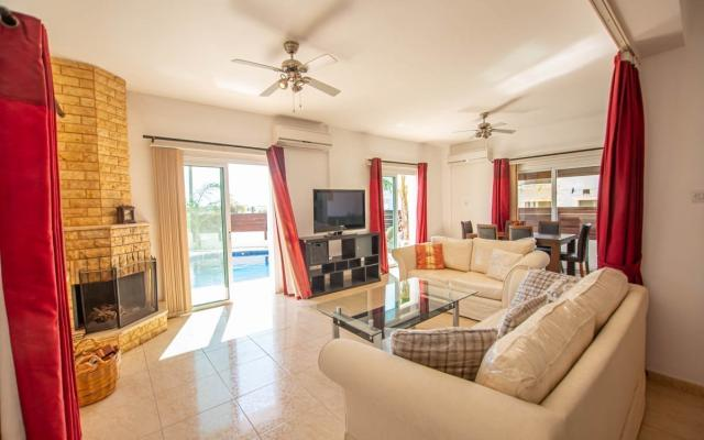 Living area in property for sale