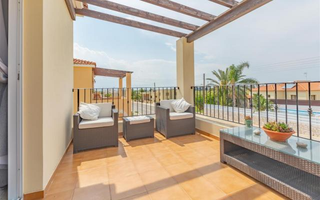 Balcony in 3 bed villa for sale